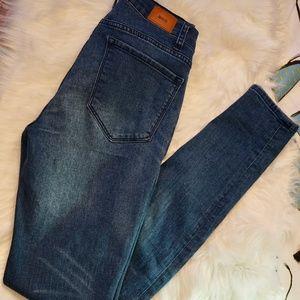 Urban outfitter BDG twig Dark denim jeans